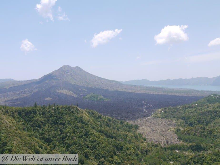 Blick auf den Vulkan Agung